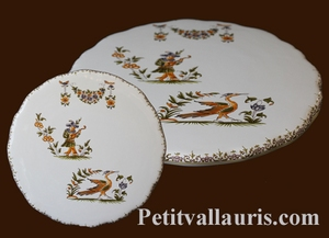 STYLE DISH BELOW OLD MOUSTIERS TRADITION DECORATION