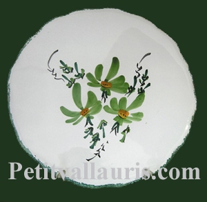 STYLE DISH BELOW GREEN  FLOWERS DECORATION