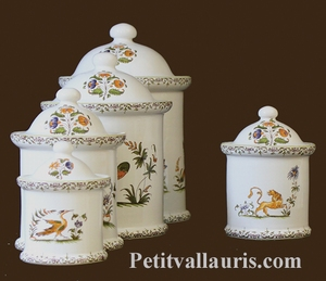 ROUND CHIMNEY POT SIZE 1 OLD MOUSTIERS DECORATION