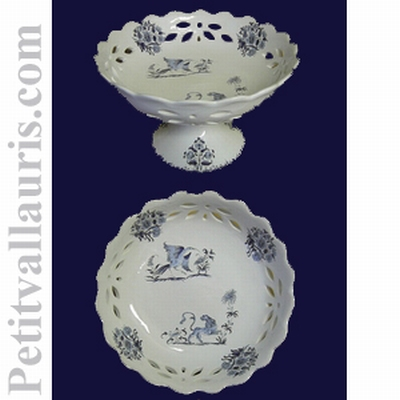 CUP PERFORATE ON FEET (D26 CM) tradition Old Moustiers Blue