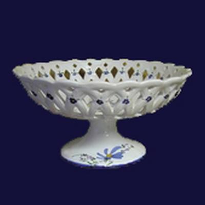 CUP ON FEET BLUE COLOR FLOWER DIAMETER 30