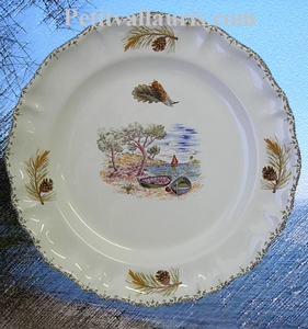 ASSIETTE MODELE LOUIS XV DECOR PROVENCAL CALANQUE ET PIN
