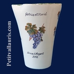 VASE MODELE GLAIEUL DECOR GRAPPE DE RAISIN +  INSCRIPTION